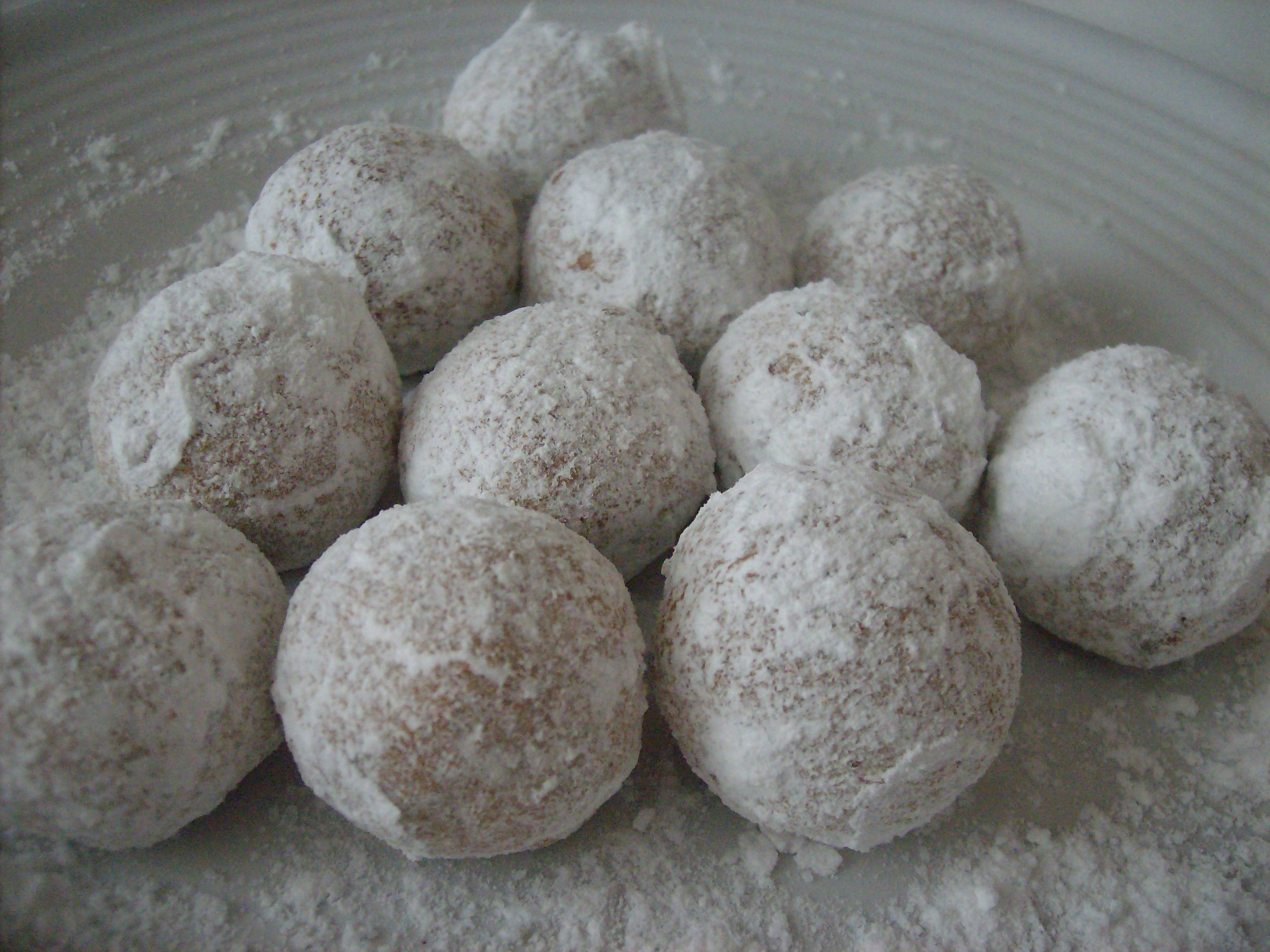 gluten-free baked donut holes with coconut flour