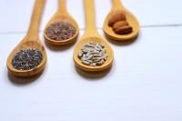 almonds-close-up-herbs-971080